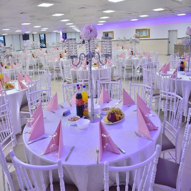 Hochzeitssaal festsaal acorumpark mainz kastel wiesbaden for Hochzeitsdeko mainz
